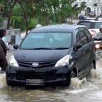 Perhatikan saat mobil kebanjiran